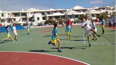 El balonmano ya es de los deportes con más practicantes en Yaiza