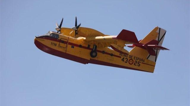 El Gobierno de España envía tres hidroaviones a Gran Canaria que se sumarán al que ya trabaja en la isla