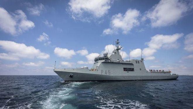 La Armada española trasladará a los migrantes del Open Arms de Lampedusa a Palma