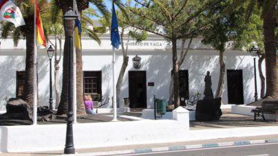 Yaiza restablece los horarios de apertura y cierre de los locales de ocio