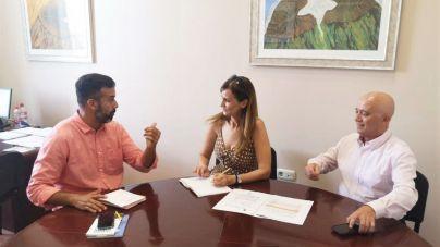 Yaiza pide al Cabildo una guagua circular para garantizar el servicio en todos los pueblos del municipio