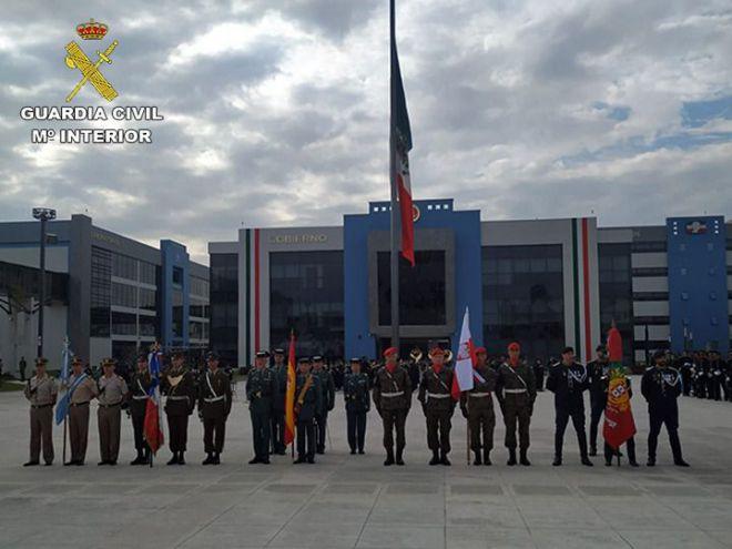 La Guardia Civil participa en el desfile del CCIX Aniversario del Inicio del Movimiento de Independencia de México