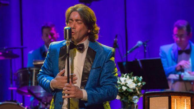 José Manuel Ramos canta a Machín en la reapertura del ciclo Musicando
