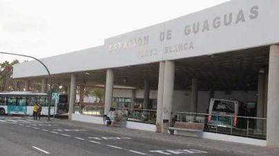 Lanzarote en Pie-Sí Podemos denuncia el estado de la dependencias de la estación de guaguas de Playa Blanca