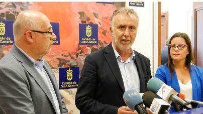 Cabildos y Gobierno se unen para solicitar al la exención de las tasas aéreas tras la quiebra de Thomas Cook