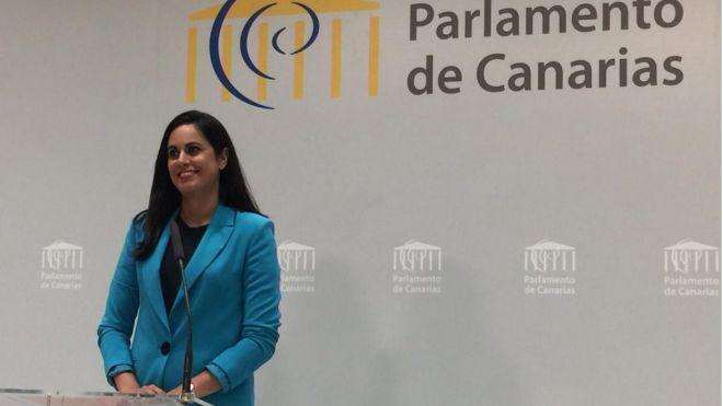 Aprobada por unanimidad mantener la deducción autonómica de 100 euros por gastos de estudios
