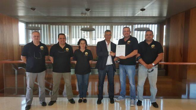 Acuerdo entre Élite Taxi y el Ayuntamiento de Santa Cruz