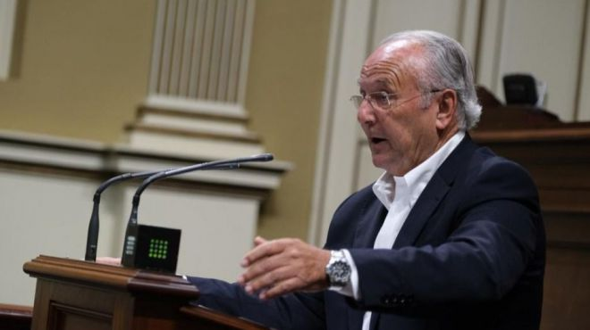 García Ramos propone que los Gobiernos autonómico, insular y municipal contribuyan a la reparación del Ateneo de La Laguna
