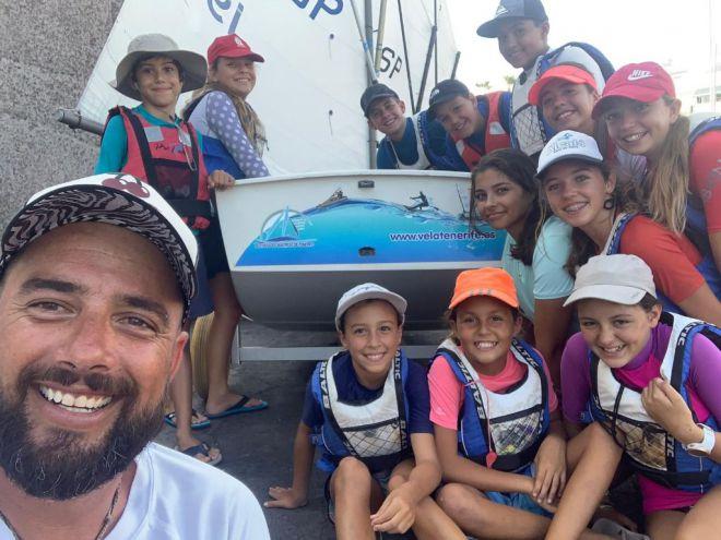 La Escuela de Deportes Náuticos consigue el premio en la campaña Ponte Pilas