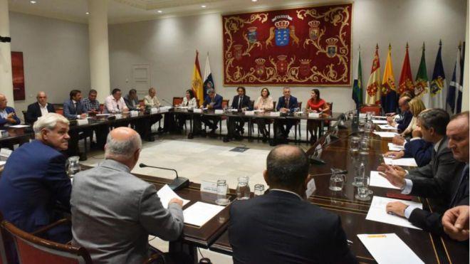 Gobierno y Ministerio de Turismo explican el plan de choque por la quiebra de Thomas Cook