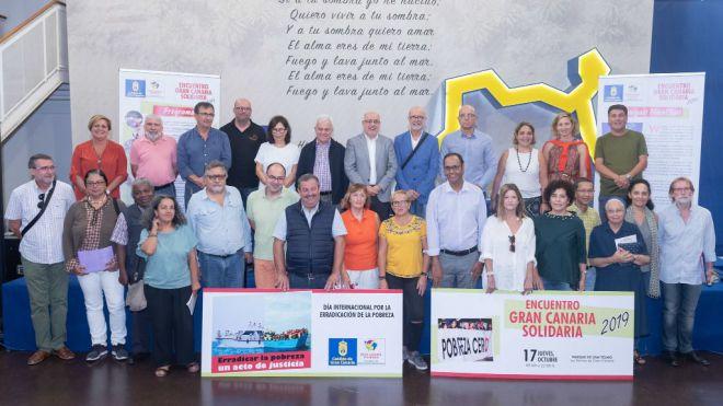 La actuación del cantautor Luis Pastor entre las actividades del Encuentro Gran Canaria Solidaria 2019