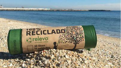 Relevo y Limpiaventura unen fuerzas para limpiar las playas de Fuerteventura