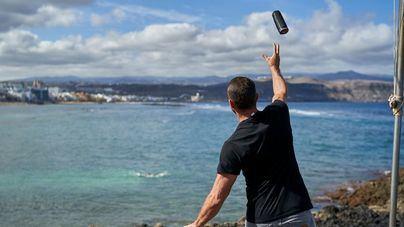 La playa de Las Canteras estrena un innovador sistema autónomo de rescate en el mar