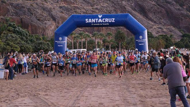 Pau Capel y Cristofe Clemente engrandecen la carrera de montaña Fred Olsen Express Santa Cruz Extremea