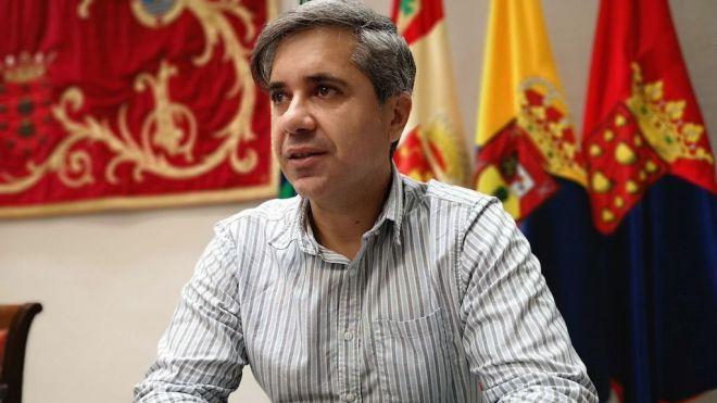 Jesús Ramos apuesta por impulsar la participación de los jóvenes en la recuperación del sector primario