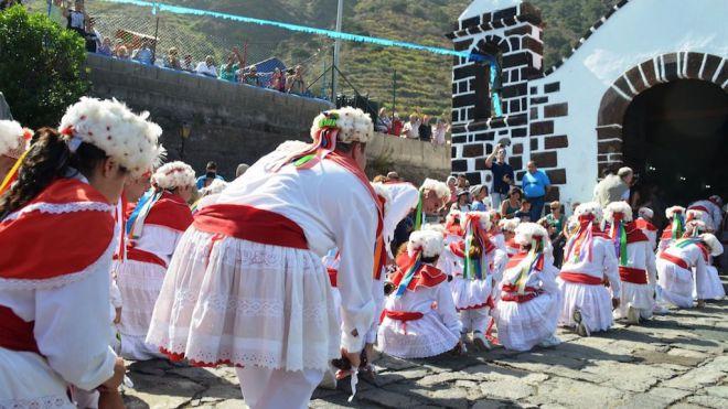Sabinosa celebra la Fiesta de San Simón Baile de cuerdas, parranda y procesión para festejar al patrono del pueblo