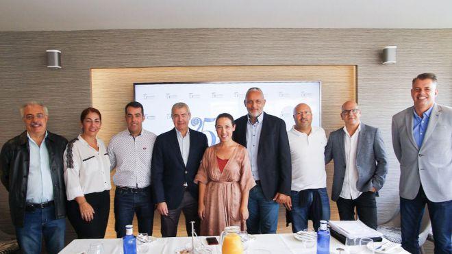 Reunión de la alcalsesa con la asociación empresarial Zona Centro