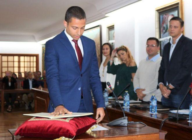 José Alberto Delgado toma posesión como nuevo concejal del Ayuntamiento de Arona