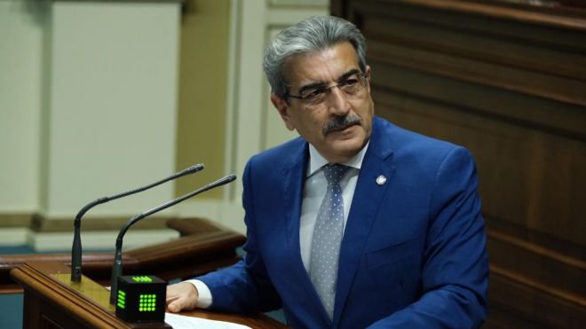 Román Rodríguez defiende el refuerzo de la Agencia Tributaria Canaria para combatir el fraude fiscal