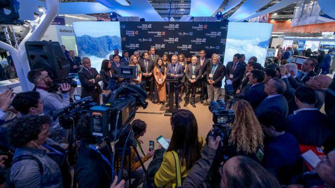 Torres anuncia en la WTM de Londres que Canarias cerrará 2019 con algo más de 15 millones de turistas