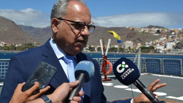 Curbelo reitera la importancia de desbloquear el Puerto de Fonsalía al ser clave para la cohesión territorial