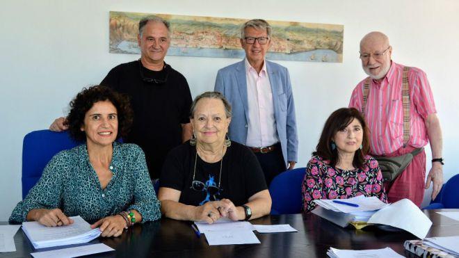 Elisenda Romano e Irene Bablé, ganadoras de la XLIII edición del premio literario 'Félix Francisco Casanova'