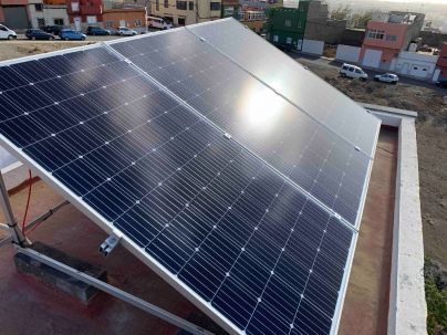 El Cabildo subvencionará por segundo año a las familias de Gran Canaria que instalen placas solares