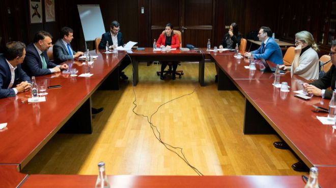 Yaiza Castilla anuncia la creación de la primera Ley Canaria de Industria