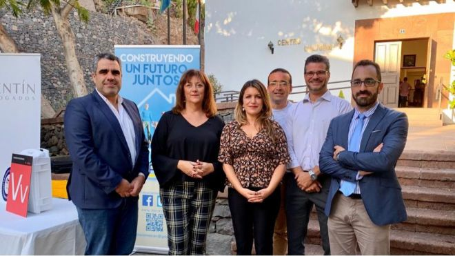 La Feria de Vivienda Vacacional aglutina a empresarios y gestores del sector en La Gomera