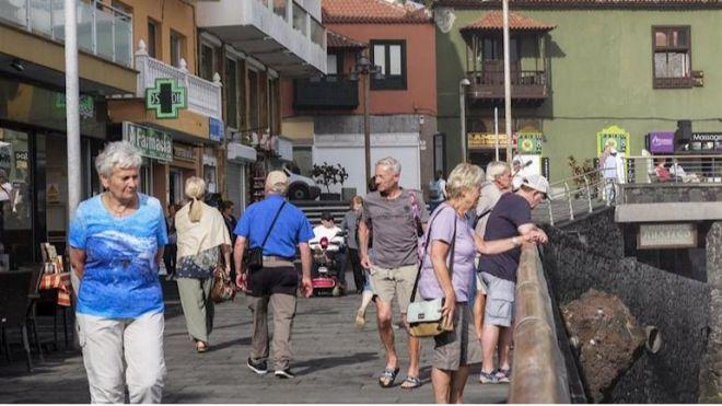 Los turistas internacionales caen un 4,8% en Canarias hasta octubre, con 10,7 millones