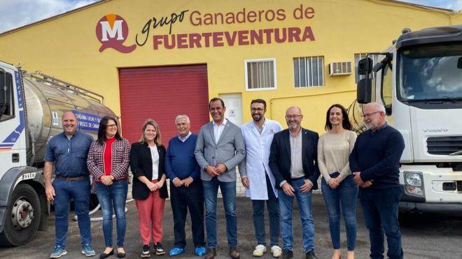 Gobierno y Cabildo establecen líneas de colaboración para desarrollar el sector isleño