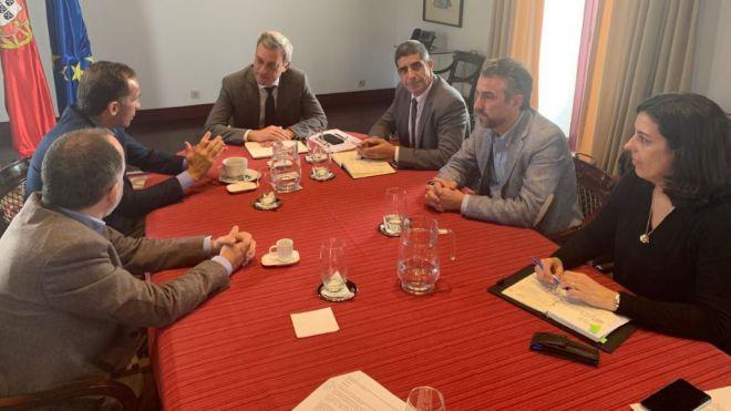 Canarias y Azores defienden un tratamiento diferenciado de las flotas atuneras de los archipiélagos macaronésicos