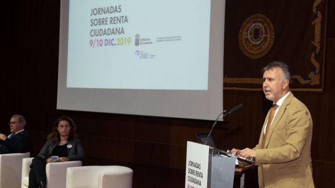 El Gobierno canario lleva a la sociedad el debate sobre el modelo de la futura renta de ciudadanía