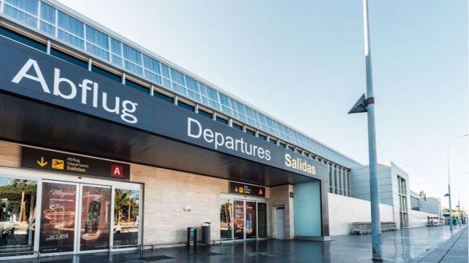 CC-PNC pedirá la comparecencia de Pedro Martín por la nueva terminal del Aeropuerto Tenerife Sur