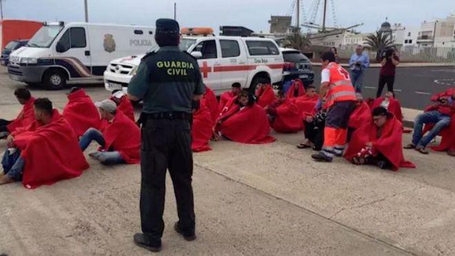 Llegan dos pateras con 52 migrantes a Gran Canaria y Fuerteventura