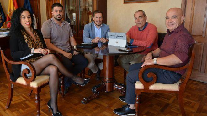 El Cabildo y la Federación de Automovilismo abordan la recuperación de populares tramos de rallies en la isla