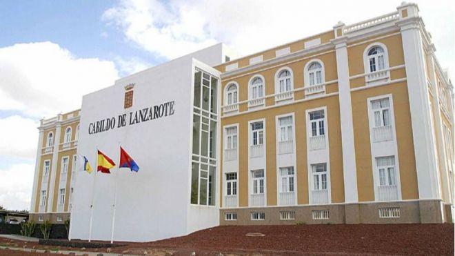 El TSJC obliga al Cabildo de Lanzarote a informar sobre el contrato con el Canal Isabel II