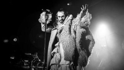 """""""Mastodonte"""" irrumpe en el Teatro Guimerá de la mano de Asier Etxendia"""