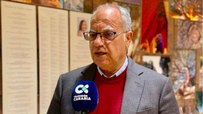 Curbelo pide que el vuelo directo con Gran Canaria se amplíe más allá de los fines de semana