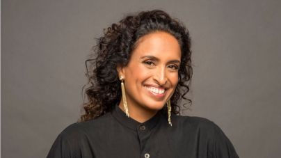 La cantante israelí Noa da voz a Johann Sebastian Bach en el Auditorio de Tenerife