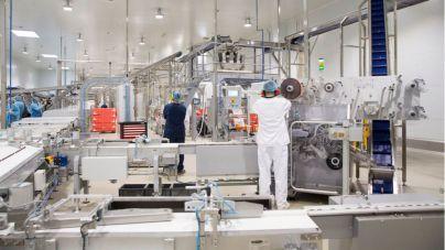 La fábrica de chocolates y confitería, muestra de éxito de la inversión internacional en Tenerife