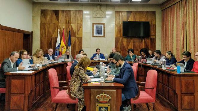 """El Cabildo da luz verde a """"un presupuesto comprometido con las personas y con el desarrollo sostenible de la isla"""""""