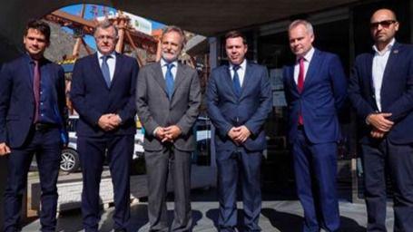 Tenerife Shipyards expone al Presidente de Puertos del Estado, Salvador De la Encina, su plan en Santa Cruz de Tenerife y Granadilla