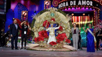 Consuelo Pérez se corona como Reina de las Mayores