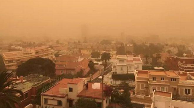 Educación suspende las clases este lunes debido al viento y la calima
