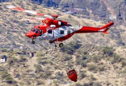 Los dos hidroaviones requeridos para el incendio de Tasarte, en Gran Canaria, llegarán esta tarde