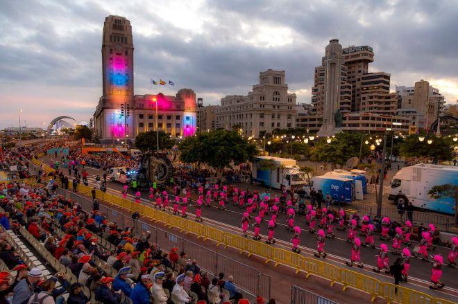 El Coso Apoteosis pondrá ritmo y color en el ecuador del Carnaval