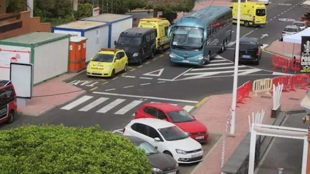 Unos 150 huéspedes del hotel de Tenerife en vigilancia sanitaria abandonan el establecimiento