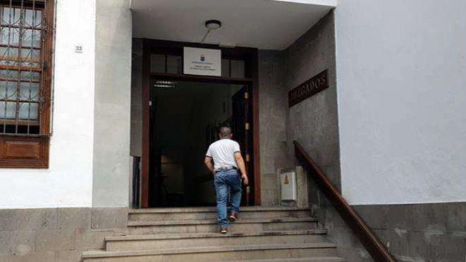 Prorrogan la detención de los dos hombres implicados en la agresión sexual a una menor en La Palma