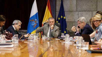 Canarias anuncia una serie de medidas para evitar la propagación del coronavirus COVID-19